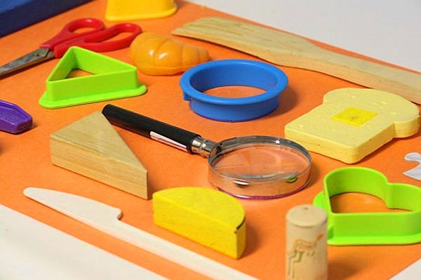 igra-predmety-i-kontyry-svoimi-rukami