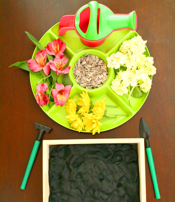 igra-dlya-detej-sazhaem-cvetj