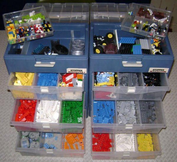 kak-hranit-Lego-6